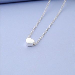 Jewelry - Silver heart necklace.🌸🌸🌸